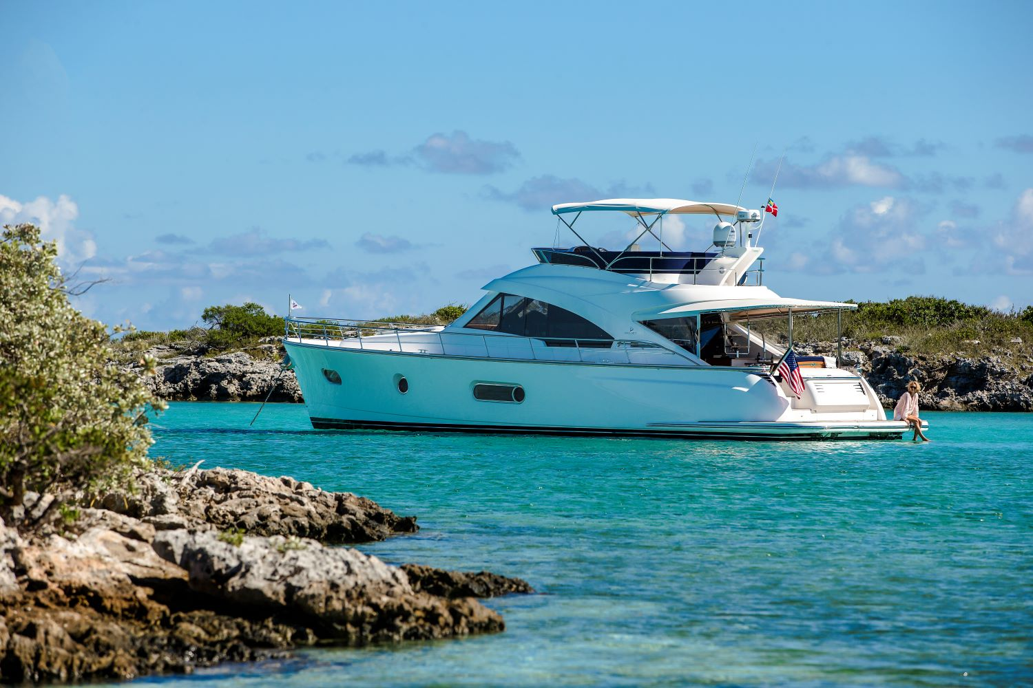 Belize Motor Yacht 54 Daybridge